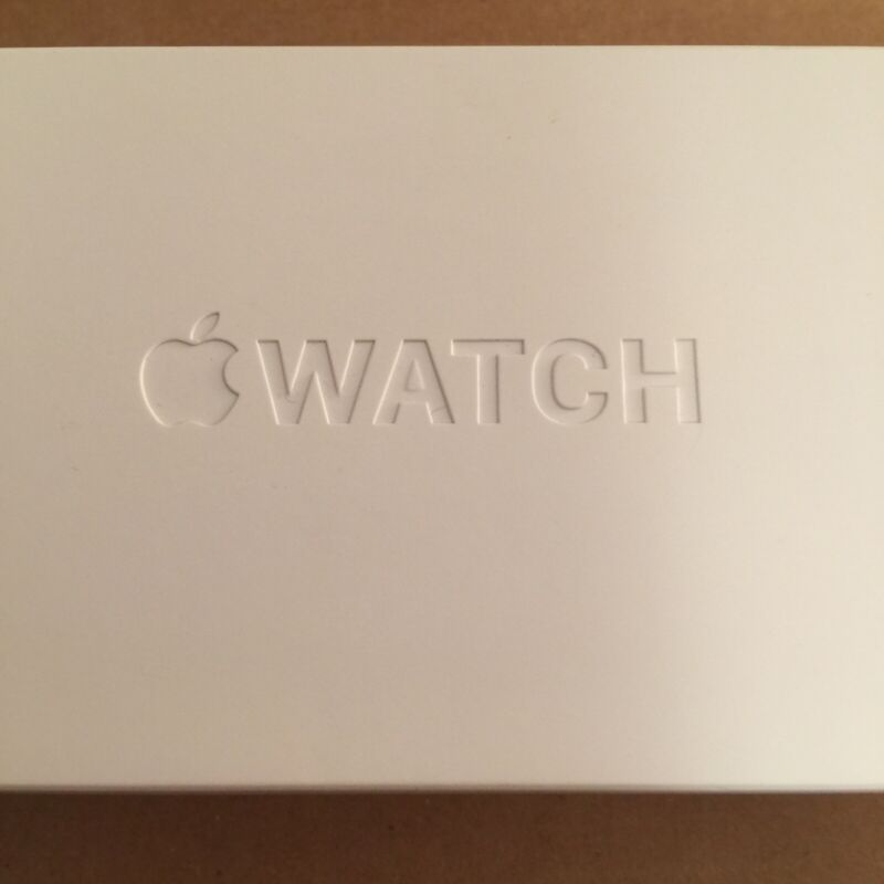 Apple Watch Series 4 44mm Silver Aluminum White Sport Band EMPTY BOX ONLY