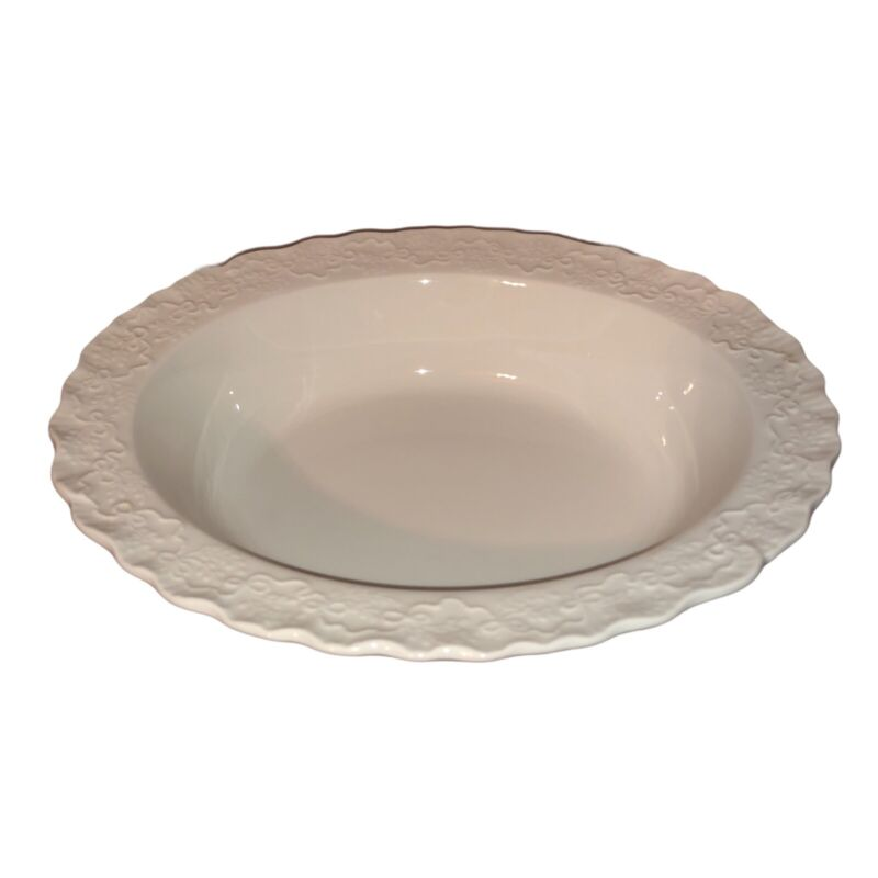 """RALPH LAUREN WEDGWOOD CLAIRE WHITE 10"""" VEGETABLE SERVING BOWL ENGLAND MADE"""