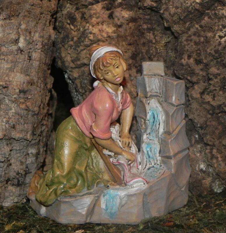 Nativity Scene Villager Figurine Euromarchi Pesepio Figura para Pesebre