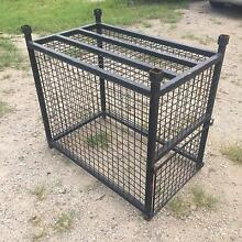 Dog/equipment cage Broadbeach Waters Gold Coast City Preview