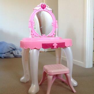 Childrens beauty parlour dressing table play duchess Caboolture Caboolture Area Preview
