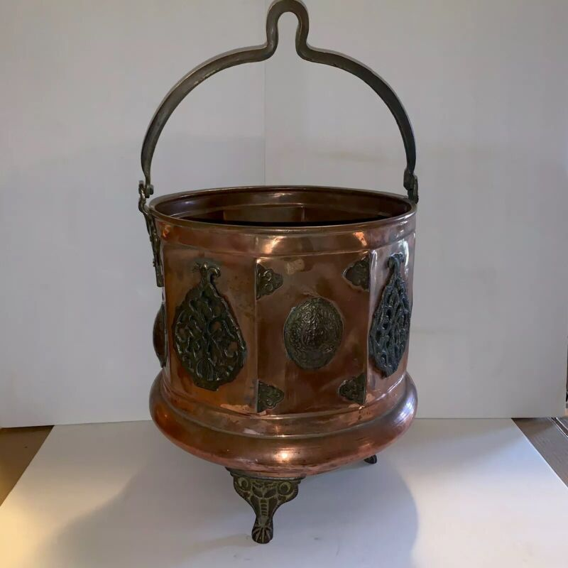 Rare Antique Copper Cauldron 3 Leg Embellished With Bail Read For Condition!!