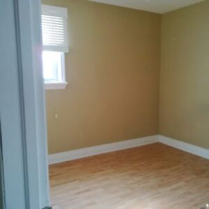 Room for rent to Loyalist students