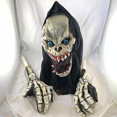 HALLOWEEN MASK SPOOKY GORY SKELETEON LATEX MASK SCARY PROP WITH ARMS](Scary Gory Halloween Masks)