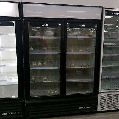 True Gdm-49 Glass 2 Door Beverage Merchandiser Reach In Refrigerator Cooler Nice