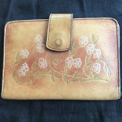 Floral Womens Wallet (Vintage Embossed Hand Tooled Bi-Fold Leather Wallet WOMENS FLORAL SNAP CLOSE)