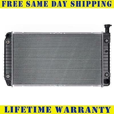Radiator For 1996-2002 Chevy Express GMC Savana 1500 2500  Fast Free Shipping