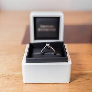 Diamond Engagement Ring Glendenning Blacktown Area Preview