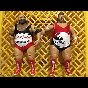 WWE WWF EARTHQUAKE & TYPHOON ACTION FIGURES