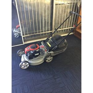 Masport 600 series lawn mower with catcher Cannington Canning Area Preview