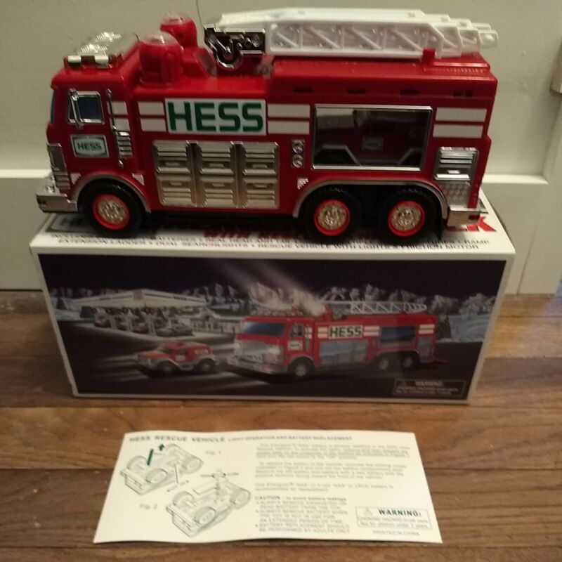 2005 Hess Toy Emergency Truck With Rescue Vehicle In Original Box