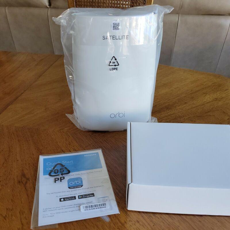 Netgear Orbi RBS50v2 AC3000 Satellite Tri-Band WiFi Extender ~ New
