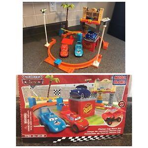 Disney Pixar Cars and Lightning McQueen and Siddeley