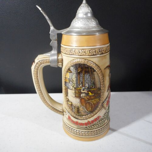 Anheuser Busch-Budweiser B Series 57090 with Limited Edition Beer Stein w/Lid