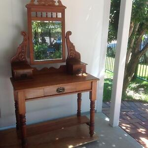 Duchess dressing table Balhannah Adelaide Hills Preview