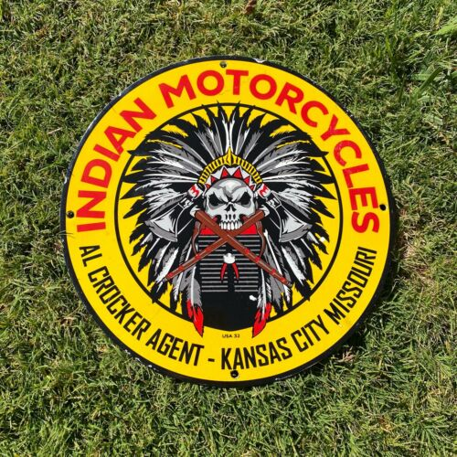 VINTAGE INDIAN MOTORCYCLES, KANSAS CITY MISSOURI PORCELAIN METAL GAS & OIL SIGN!