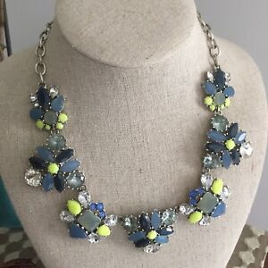 Stella & Dot Elodie Statement Necklace