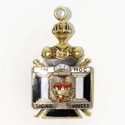 14K Yellow Gold Knights Templar Masonic ''In Hoc Signo Vinces'' Medal-Pendant