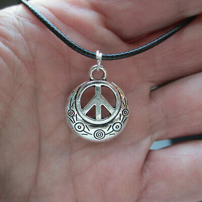 PEACE Sign Minimalist Hippie Flair Necklace, 18
