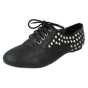 NUOVO-moda-da-donna-Nero-alla-moda-scarpe-casual-con-lacci-con-borchie-f8870