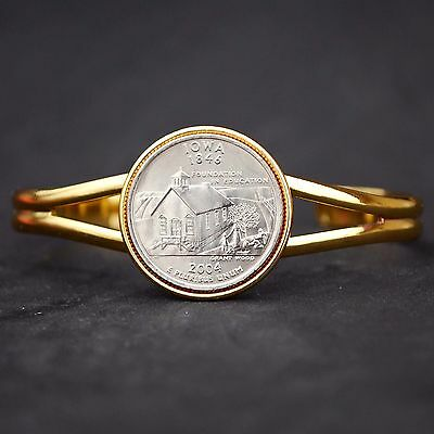 US 2004 IOWA STATE QUARTER COIN GOLD PLATED CUFF BRACELET - BEAUTIFUL