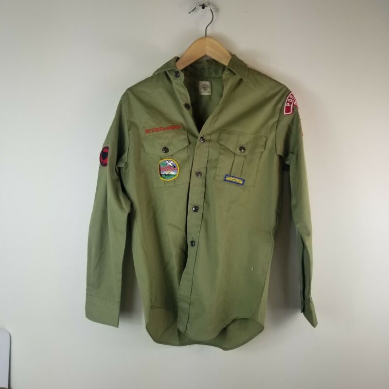 Vintage boy Scout Shirt Patch Size 14 Reg green