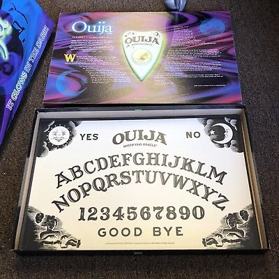VTG Parker Brothers Ouija Board Game Glow In The Dark Halloween Party Scary