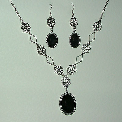LACY FILIGREE VICTORIAN STYLE BLACK CRYSTAL DARK SILVER P NECKLACE EARRINGS SET