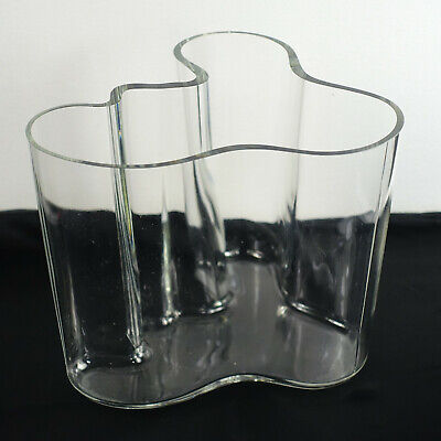 Alvar Aalto Vase Clear 160 mm 1984 Edition Classic Wave Bent Glass 6 3/8