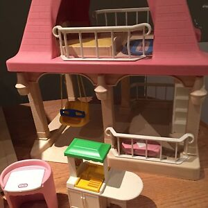 Vintage Little Tikes Doll House and Accessories Belleville Belleville Area image 3