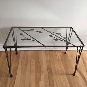 Table basse vitrée et fer forgé vintage rétro