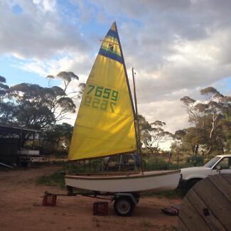 Heron Sail Boat 11ft
