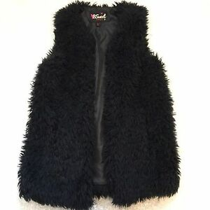 B Sweet S Vest Black Long Shaggy Vegan Faux Fur Open Front Festival Party