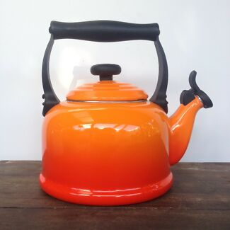 Le Creuset kettle (worth $150)