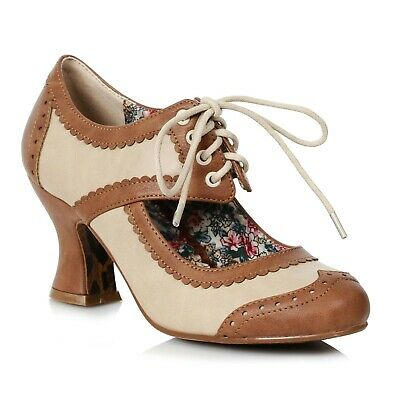 1920 Shoes Flappers (Tan Brown Cream Vintage Flapper Girl 1920s Gatsby Party Spectator Pumps)