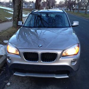 2012 BMW X1 AWD with Navigation and Sports Package