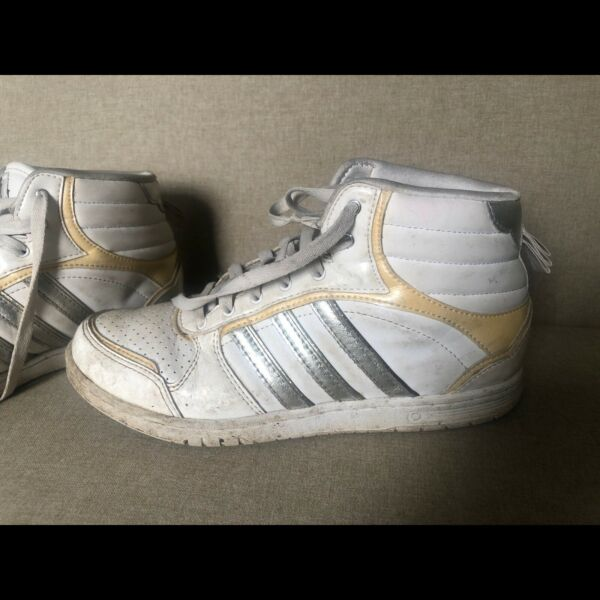 NOW SOLD Adidas sneakers 80s Vibetouch size US 7.5
