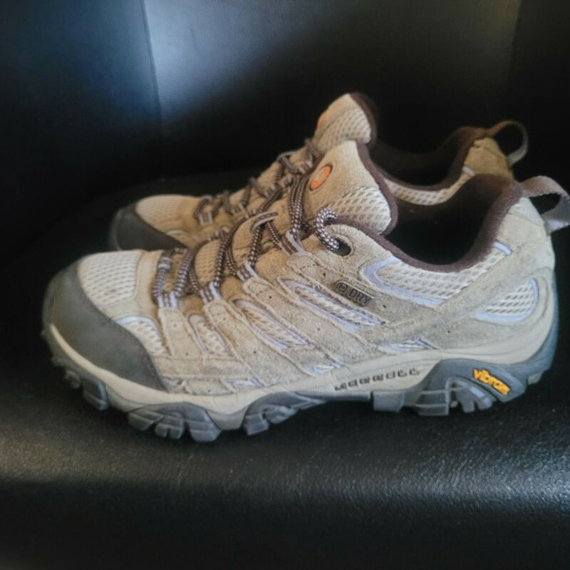 Merrell Moab Womens Size 9.5 Brown Hiking Trail Shoes