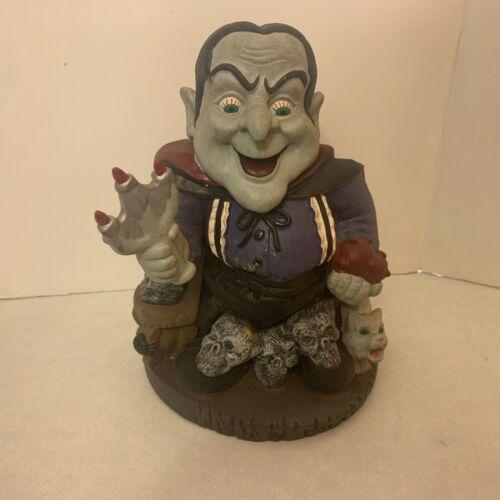 "Halloween - Animated Dracula Vampire - Sings Raps ""Disco Vampire"""