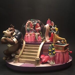 Roger Rabbit Musical Water globe