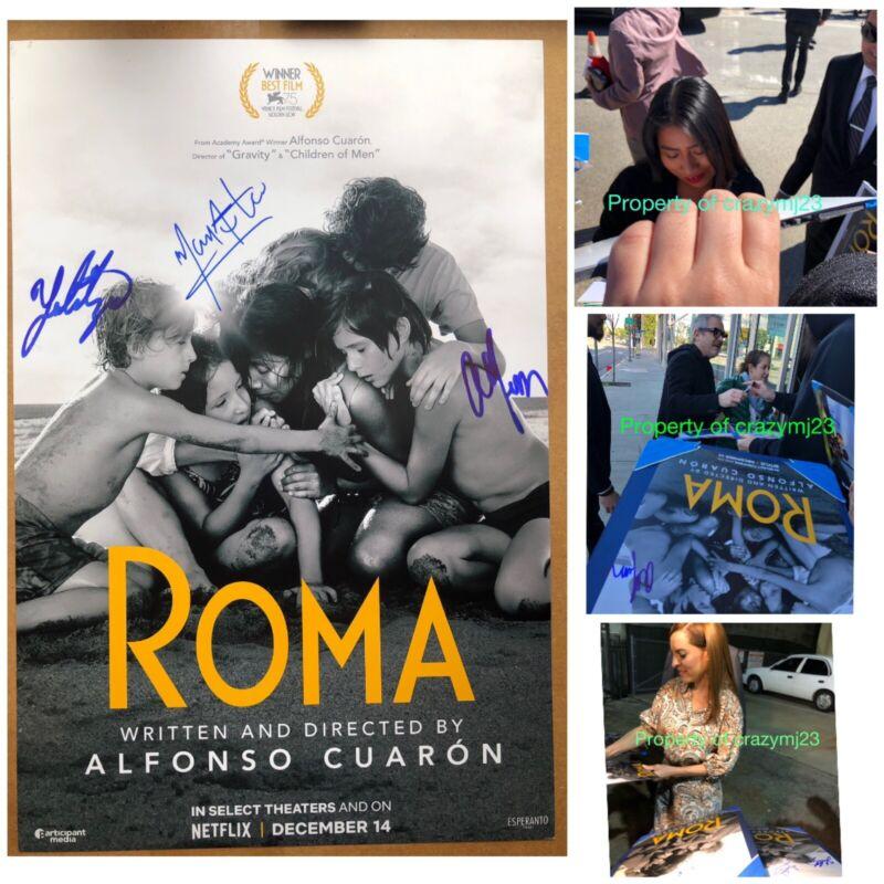 Alfonso Cuaron Alfonso Cuaron - Signing Autographs at the Toronto