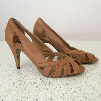 Tony Bianco leather heels New Lambton Newcastle Area Preview