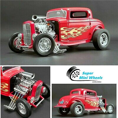 ACME 1:18 Flame Thrower - 1932 Ford Three-Window (Red) Diecast Car Model