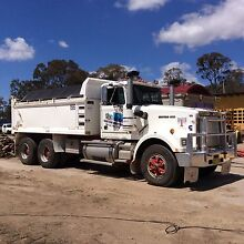 Western Star Prime Mover + TIPPER BODY + SUPERDOG + TRI-AXLE FLOAT Armidale 2350 Armidale City Preview