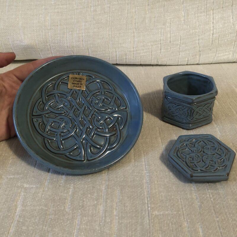 Blue Glazed Ceramic Celtic Knot TYN LLAN Wales Trinket Dish + Box NWOT