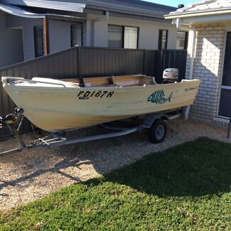 Quintrex fish seeker 4.0 Corindi Beach Coffs Harbour Area Preview