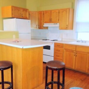 4 or 5 Bedroom Apartment - September 1  -  - $585 Each All In