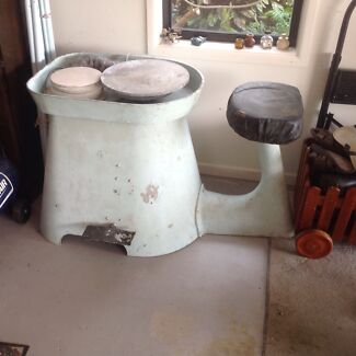 Electric Pottery Wheel Bongaree Caboolture Area Preview