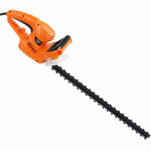 VonHaus 550W Hedge Trimmer with 61cm blade, blade cover and 10m cable