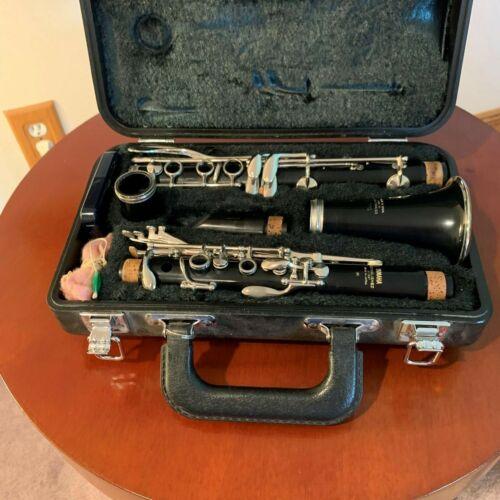 vintage Yamaha Clarinet # 20 with case